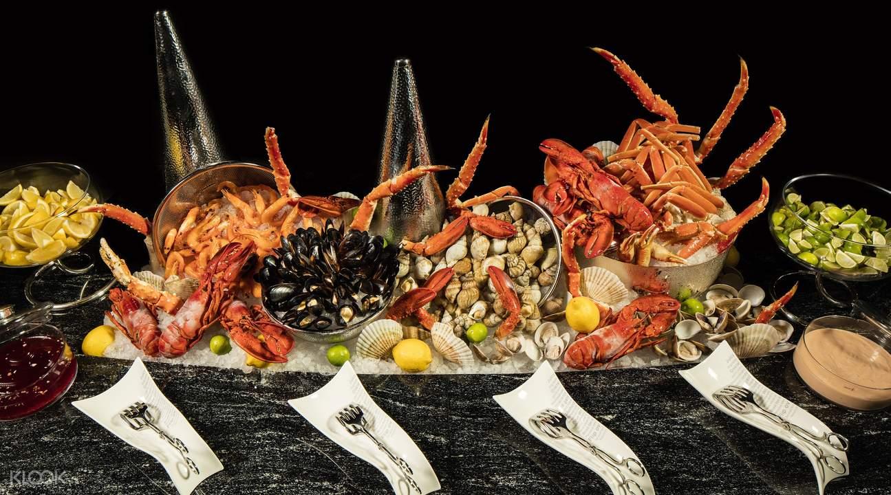 海鲜种类繁多,从剑鱼柳到龙虾,从新鲜刺身到生蚝,这裏绝对是海鲜爱好