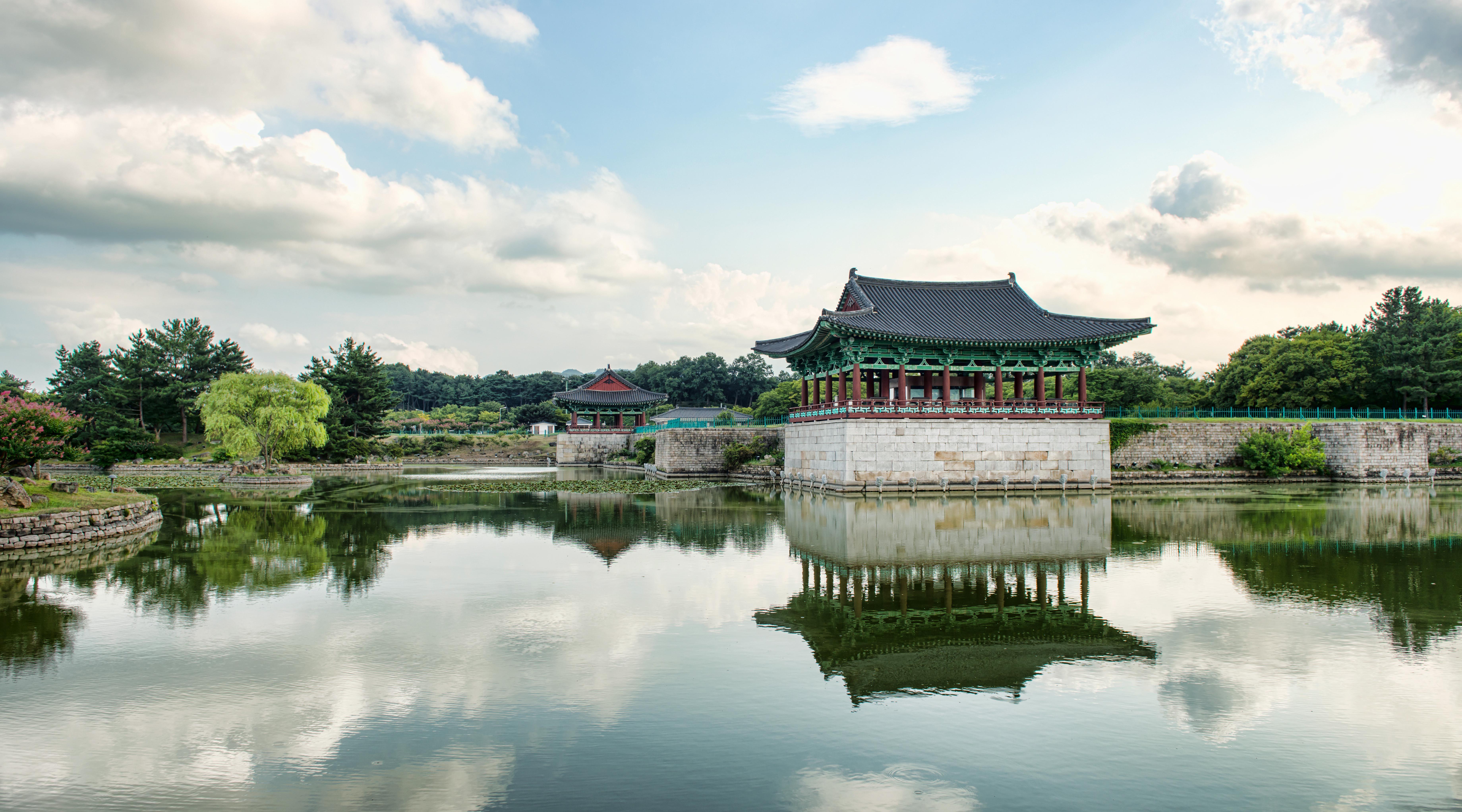 Adult Guide in Gyeongju