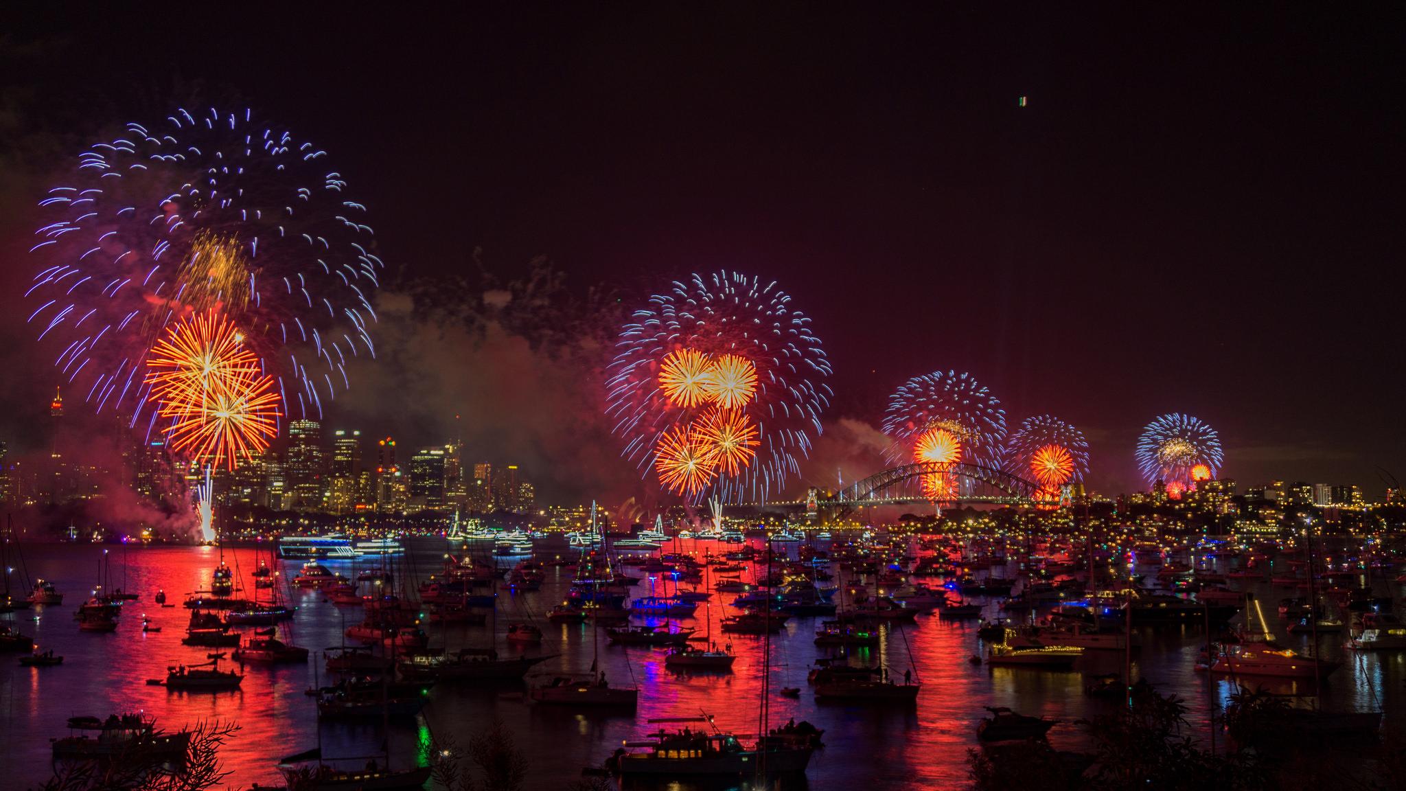 遊船跨年是相當特別的難得體驗。(Flickr授權作者-Jeff Turner)