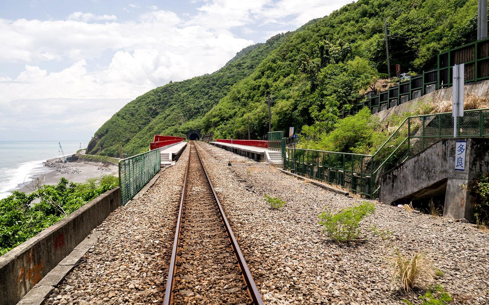 祕境般的多良車站,有種讓人放鬆的神奇氛圍。(Flickr授權作者-billy1125)