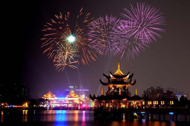 萬年季光雕煙火秀。(圖片來源/台灣觀光年曆網站)