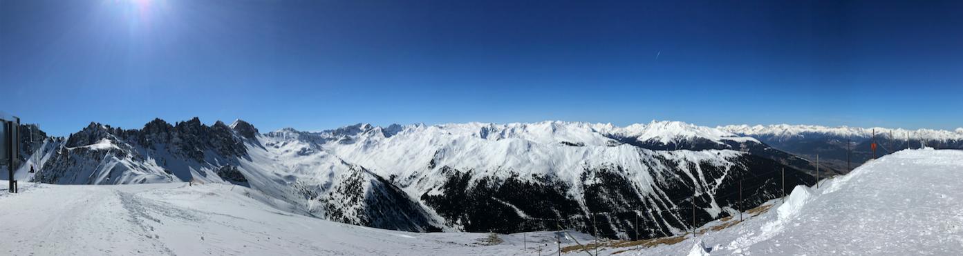 Innsbruck—Ski Resort by 倍包客
