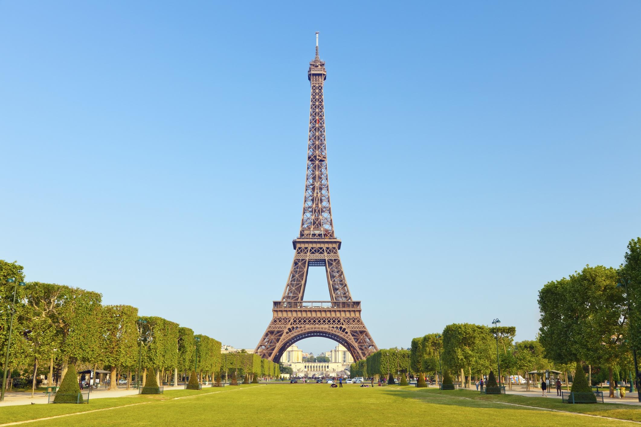 1 作為浪漫假期首選,愛之城「巴黎」羅曼蒂克氛圍是 Booking com 旅客最推薦的特色。圖片由Booking com提供