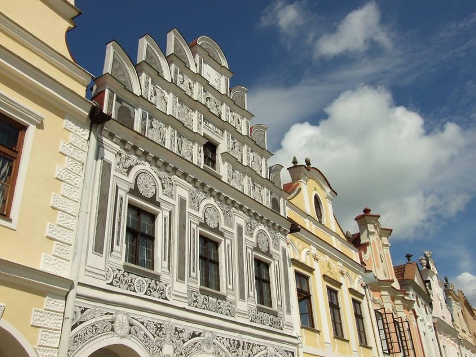 鎮長之家有華麗的外觀!(照片來源:FB@MestoTelc)