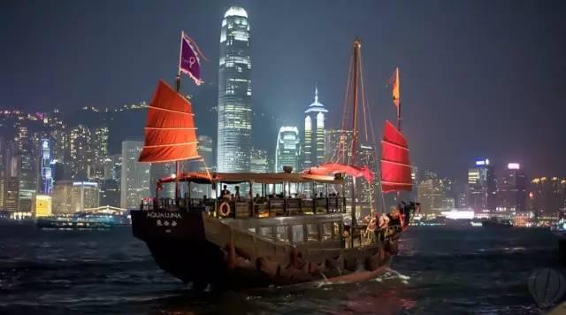 張 保 仔 帆 船 是 香 港 僅 存 了 造 型 帆 船