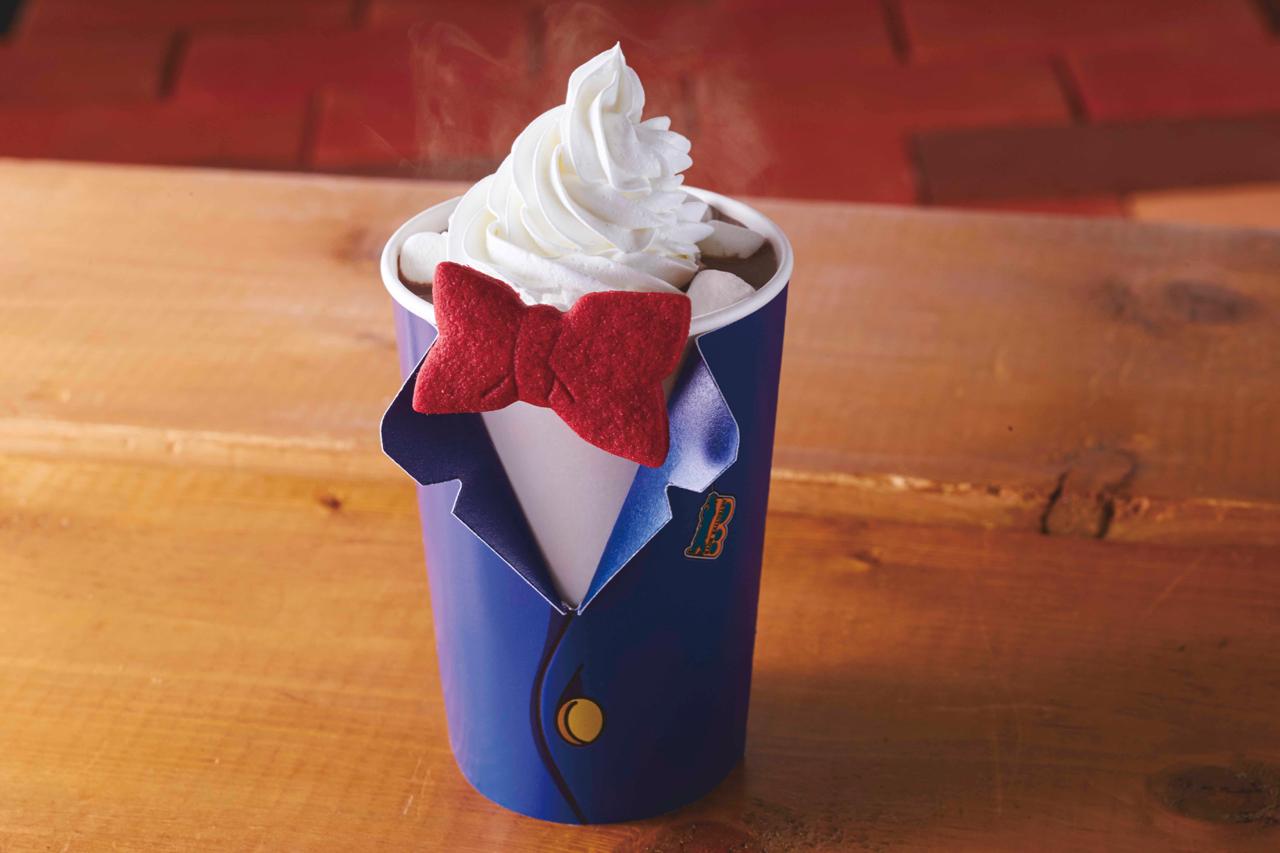 去 年 柯 南 造 型 的 飲 料 , 讓 人 目 不 轉 睛 阿 ! 圖 片 來 源 :usj.co.jp