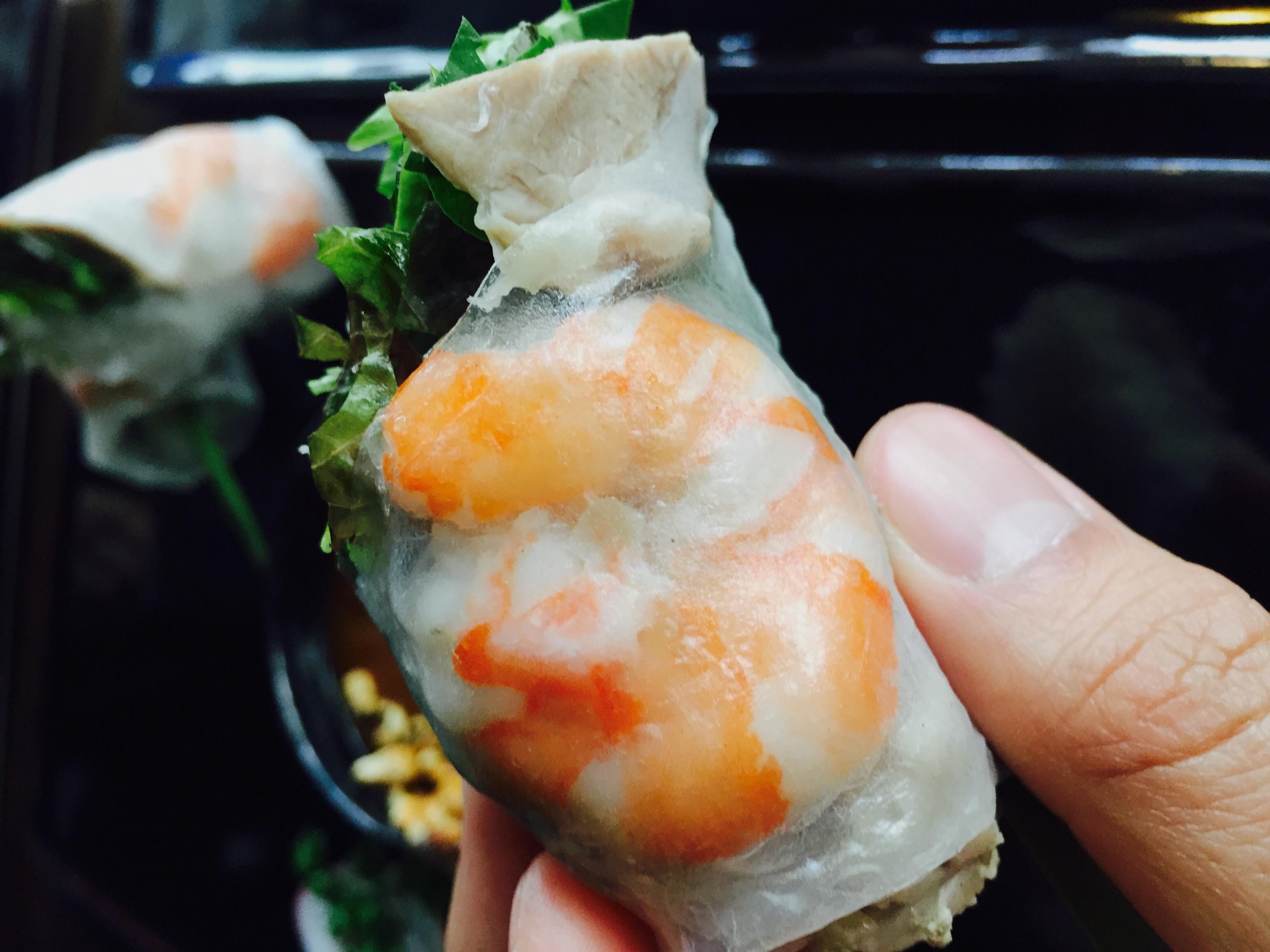 越南必吃 : 鮮蝦春捲
