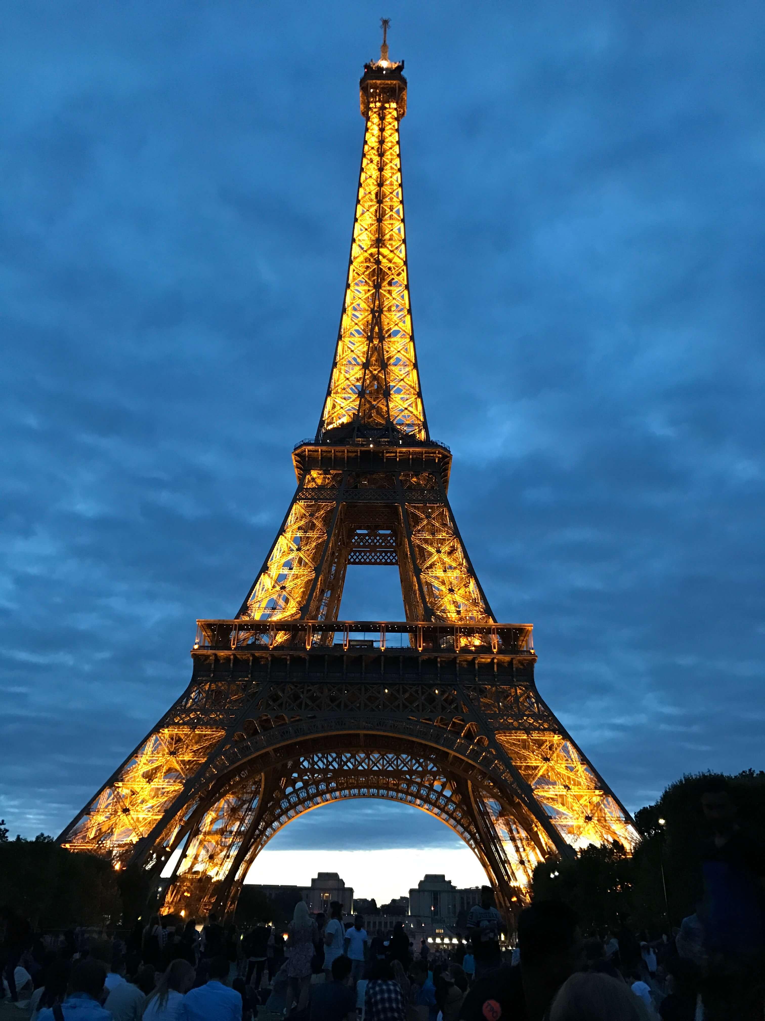 法國巴黎艾菲爾鐵塔 photo by 倍包客