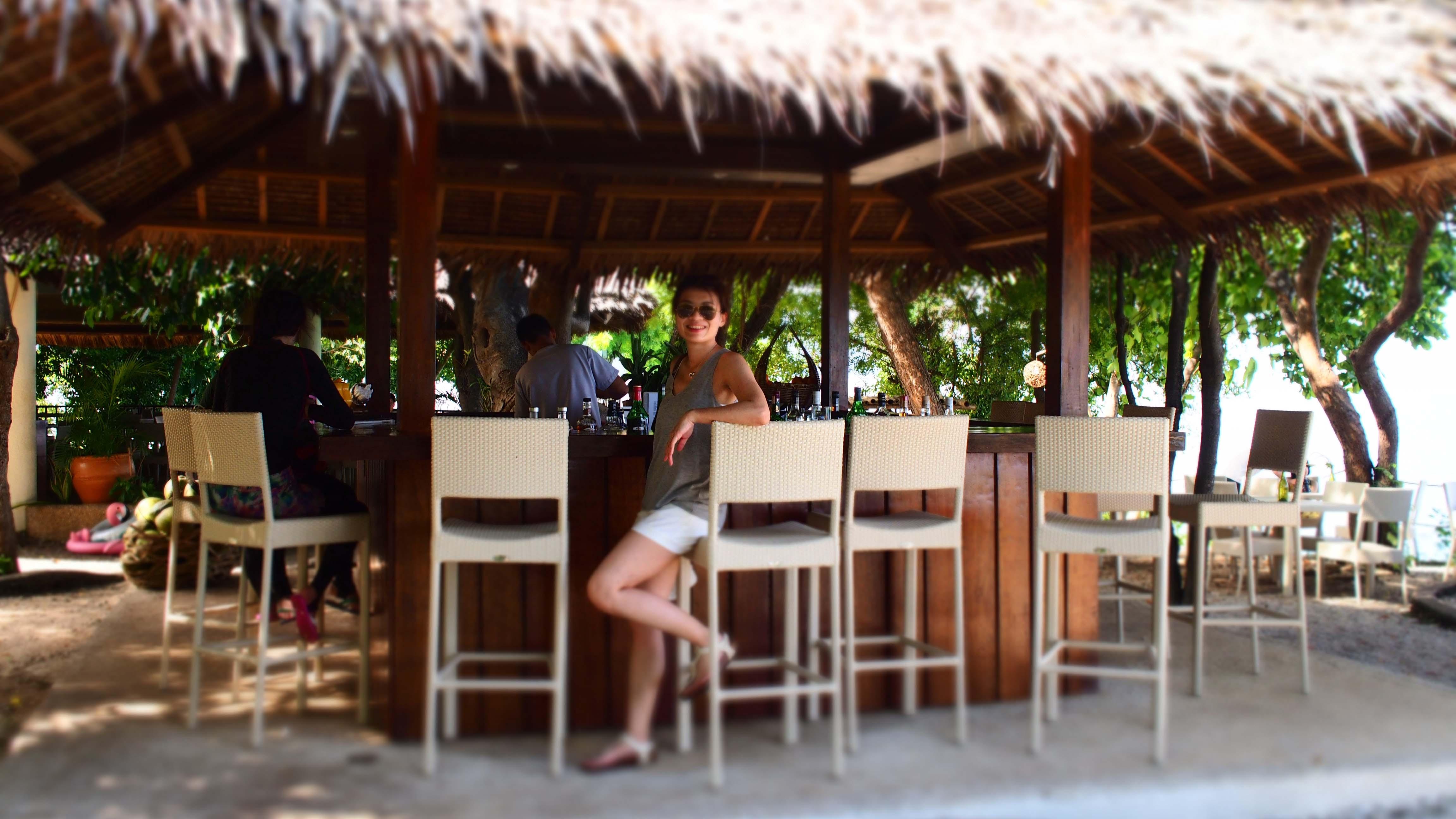 BLUEWATER ISLAND RESORT 的戶外酒吧 (Photographer/ Ran)