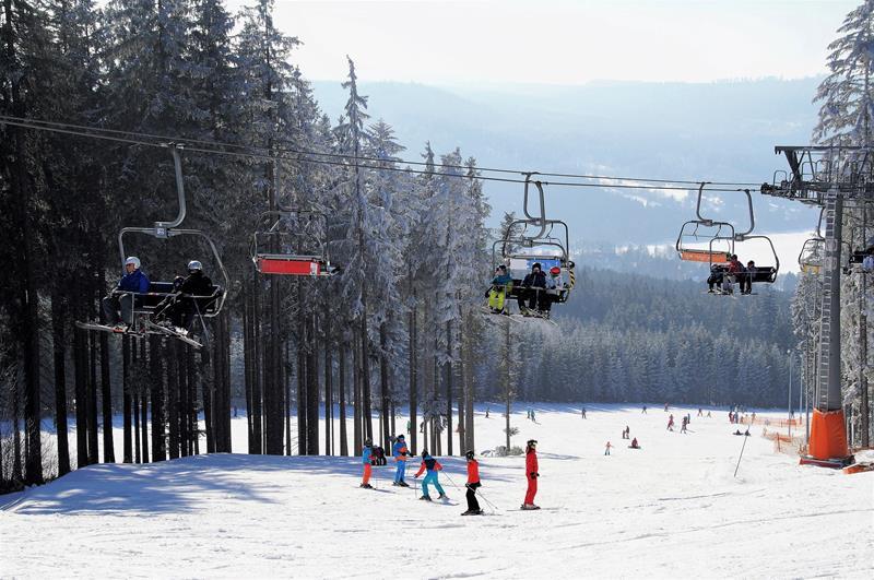 skiing area 2106712 1920