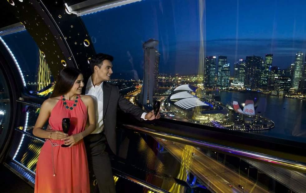 新加坡摩天輪美酒飛行體驗