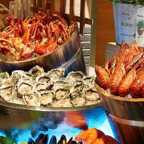 [1-For-1 Lunch and Dinner Buffets] Window on the Park at Holiday Inn® Singapore Orchard City Centre