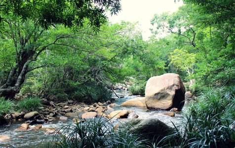 Tour Tham Quan Ba Hồ và Dốc Lết từ Nha Trang