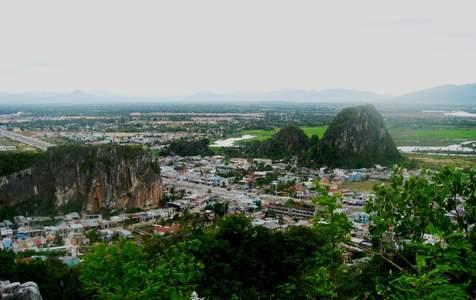 Tour Trek Ngũ Hành Sơn từ Hội An