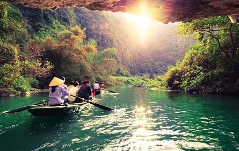 Tour Bái Đính - Tràng An Cổ - Tuyệt Tịnh Cốc từ Hà Nội