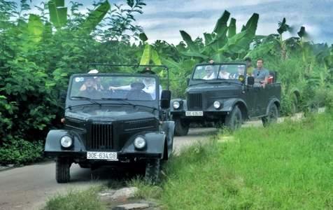 Tour Nông Thôn Hà Nội trên Xe Jeep Quân Đội Cổ Điển
