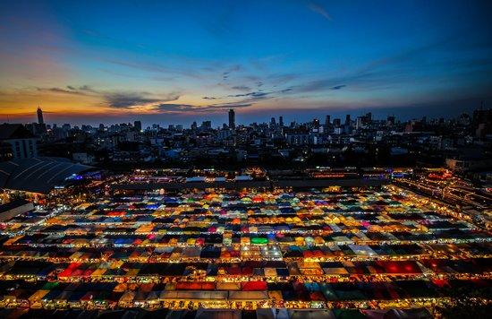 cho-dem-bangkok