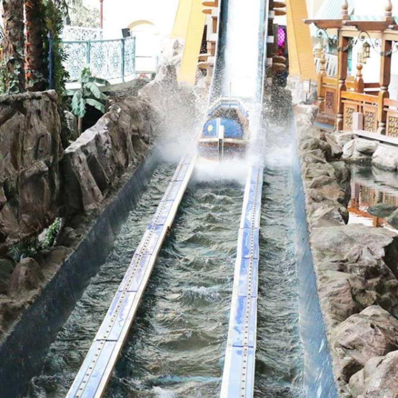 All-You-Need-To-Know-To-Conquer-Lotte-World-magic-island-flume-ride