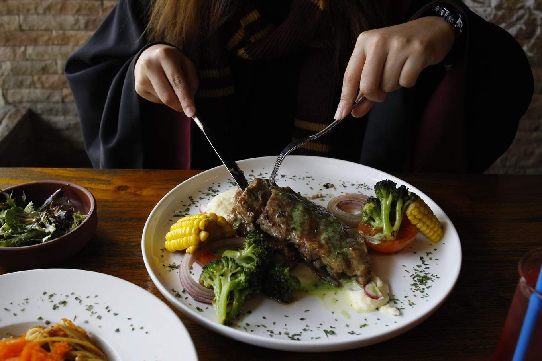 pesto mayo pork ribs platform 1094