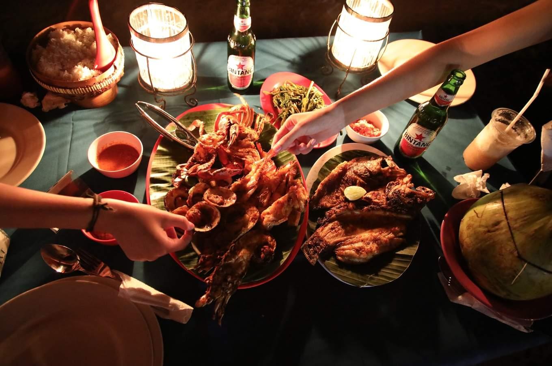 jimbaran bay lia cafe seafood