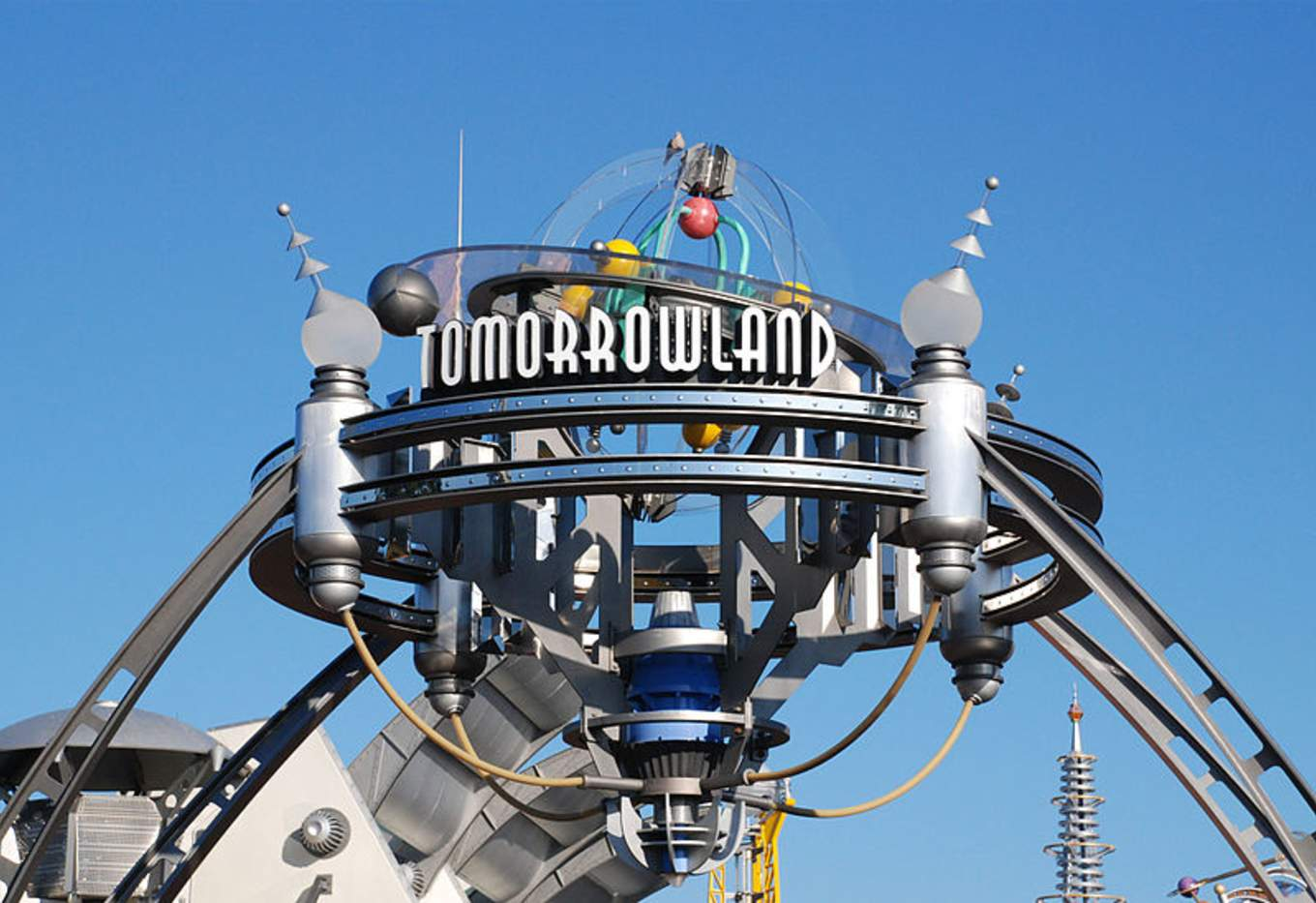disney-world-tomorrowland