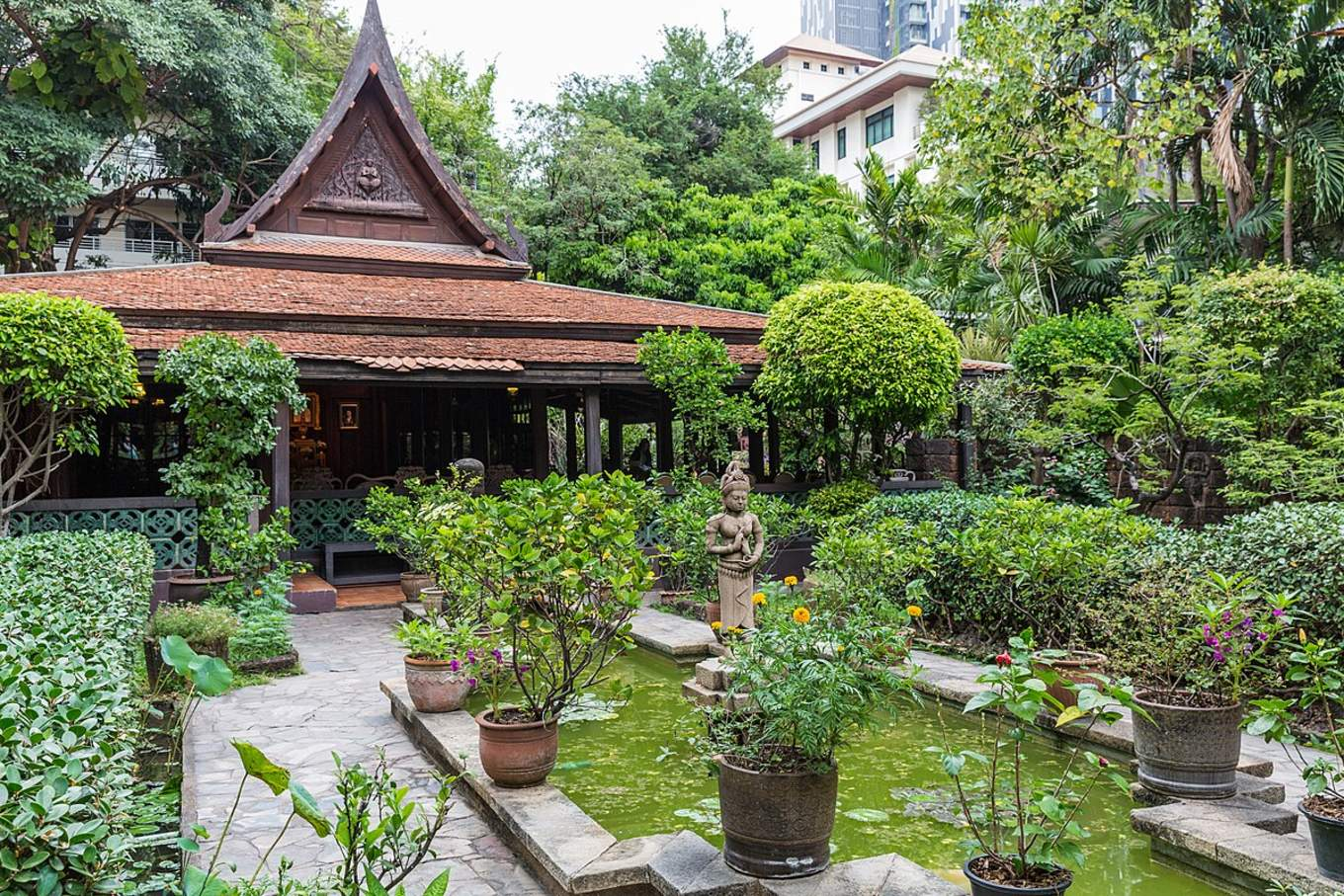 bangkok-BTS-guide-mr-kukrit-heritage-home
