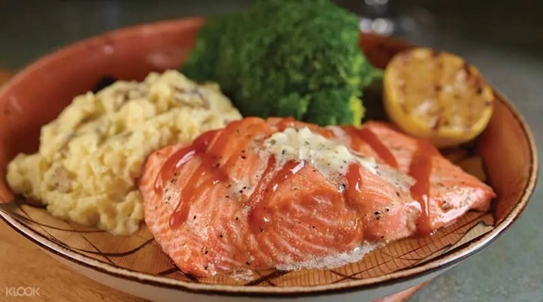 Salmon dish at Hard Rock Cafe