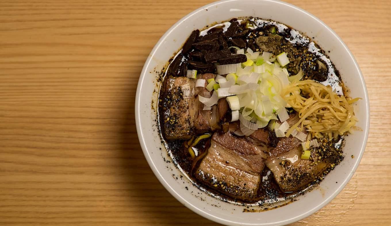 Chocolate ramen mensho tokyo