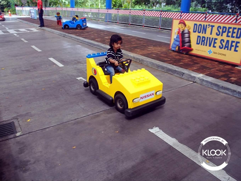 Junior Driving School at Lego City