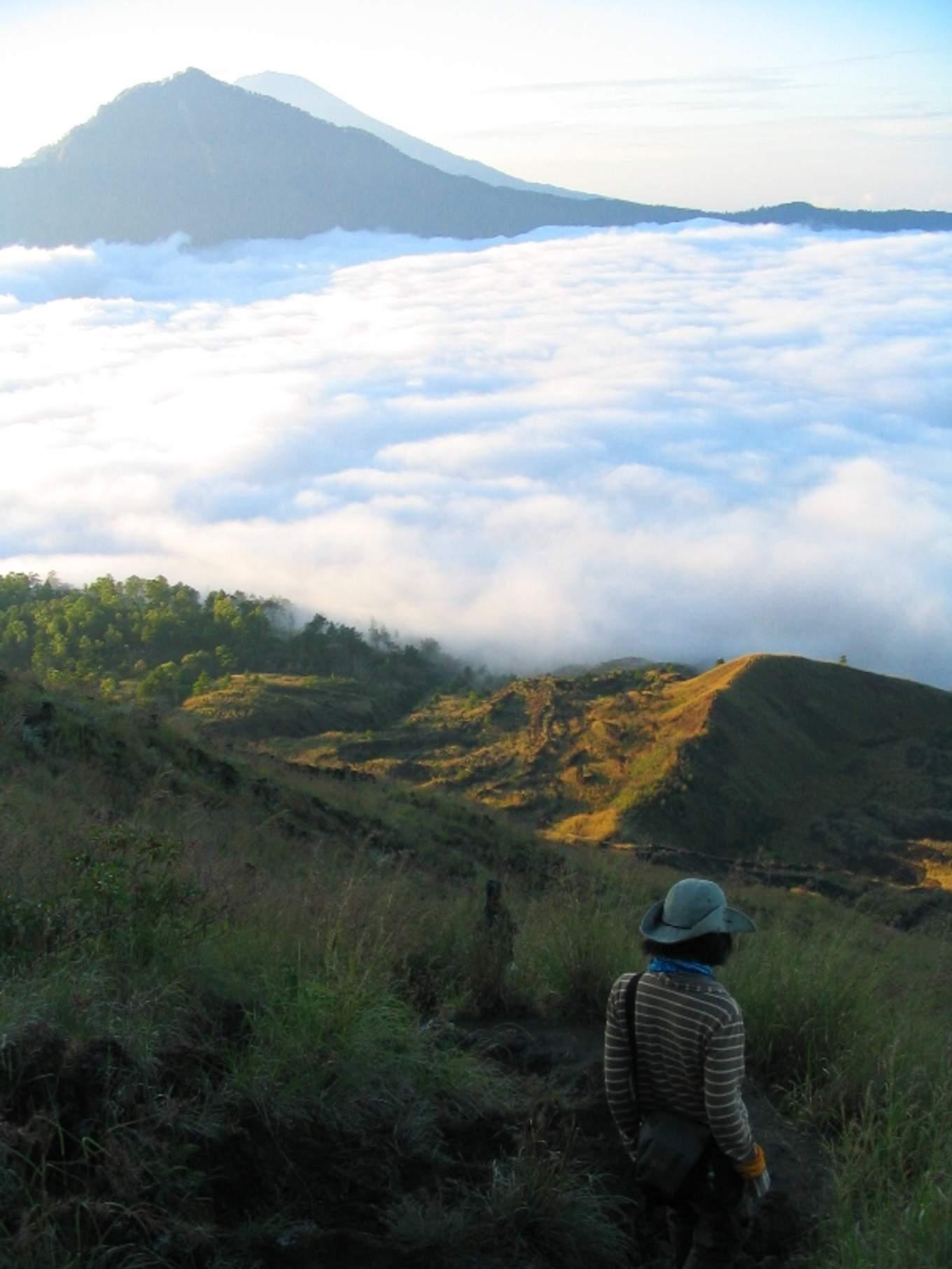 巴杜爾火山日出登山徒步/photo by Artshen