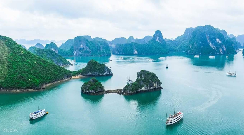 乘坐豪華觀光遊船,探索世界世界遺產「下龍灣」的震撼美景