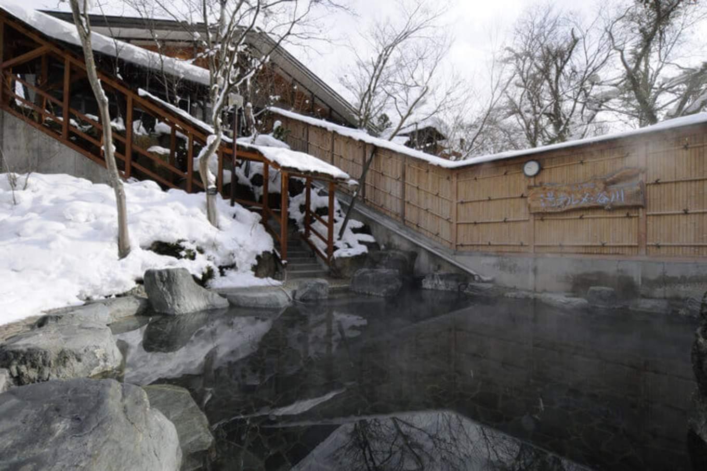 水上溫泉雪景,圖片取自www.visitgunma.jp。