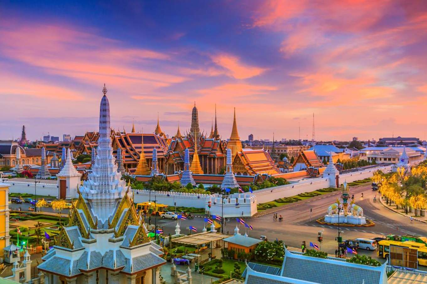 泰國著名的地標 玉佛寺Landmark of Bangkok city Temple of the Emerald Buddha Bangkok@HC購買354574304