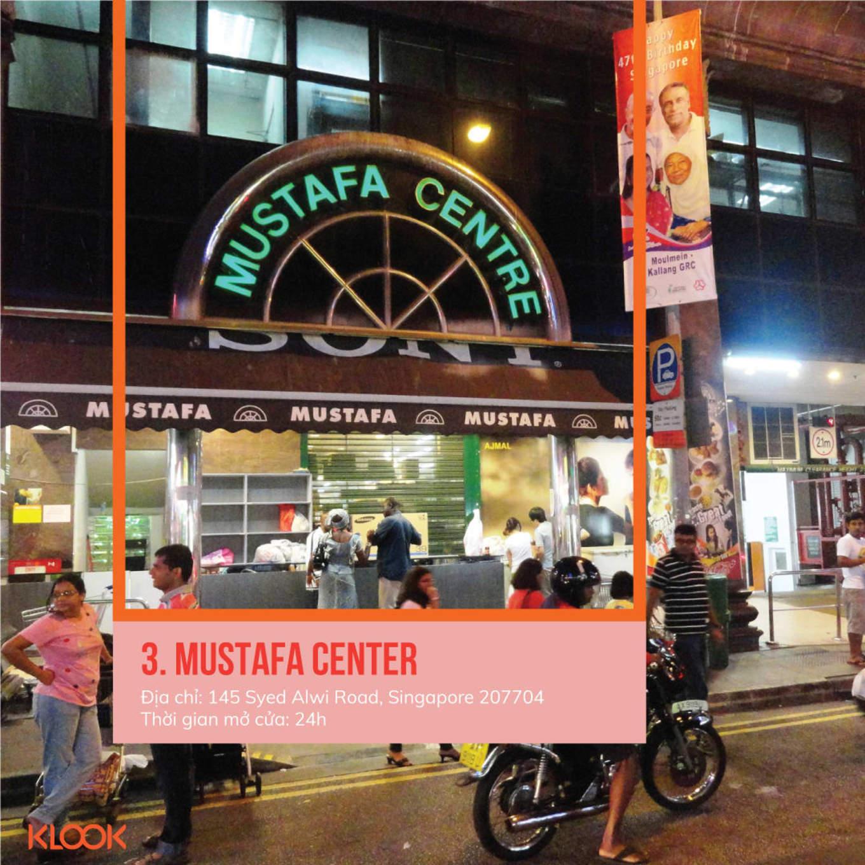 mustafa center là một trong 7 khu mua sắm ở singapore bạn phải đi trong dịp giảm giá