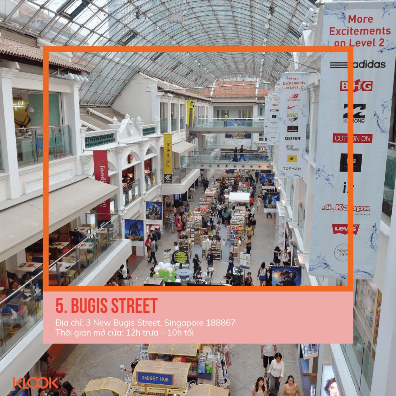 bugis treet là một trong 7 khu mua sắm ở singapore bạn phải đi trong dịp giảm giá