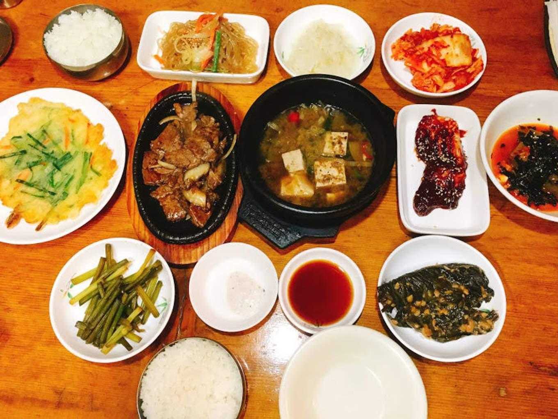 thưởng thức ẩm thực seoul trong các ngôi nhà truyền thống