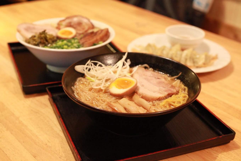 ramen sakurjima là một nhà hàng nổi tiếng trong nền ẩm thực hokkaido
