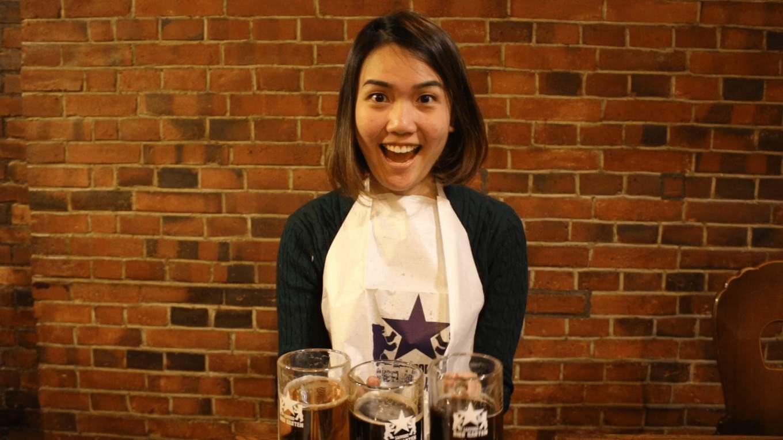 uống bia cùng với các món thịt là một cách thưởng thức ẩm thực hokkaido