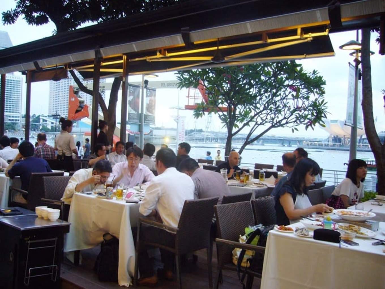lịch trình đi singapore 4 ngày 3 đêm cho các cặp đôi: long beach seafood