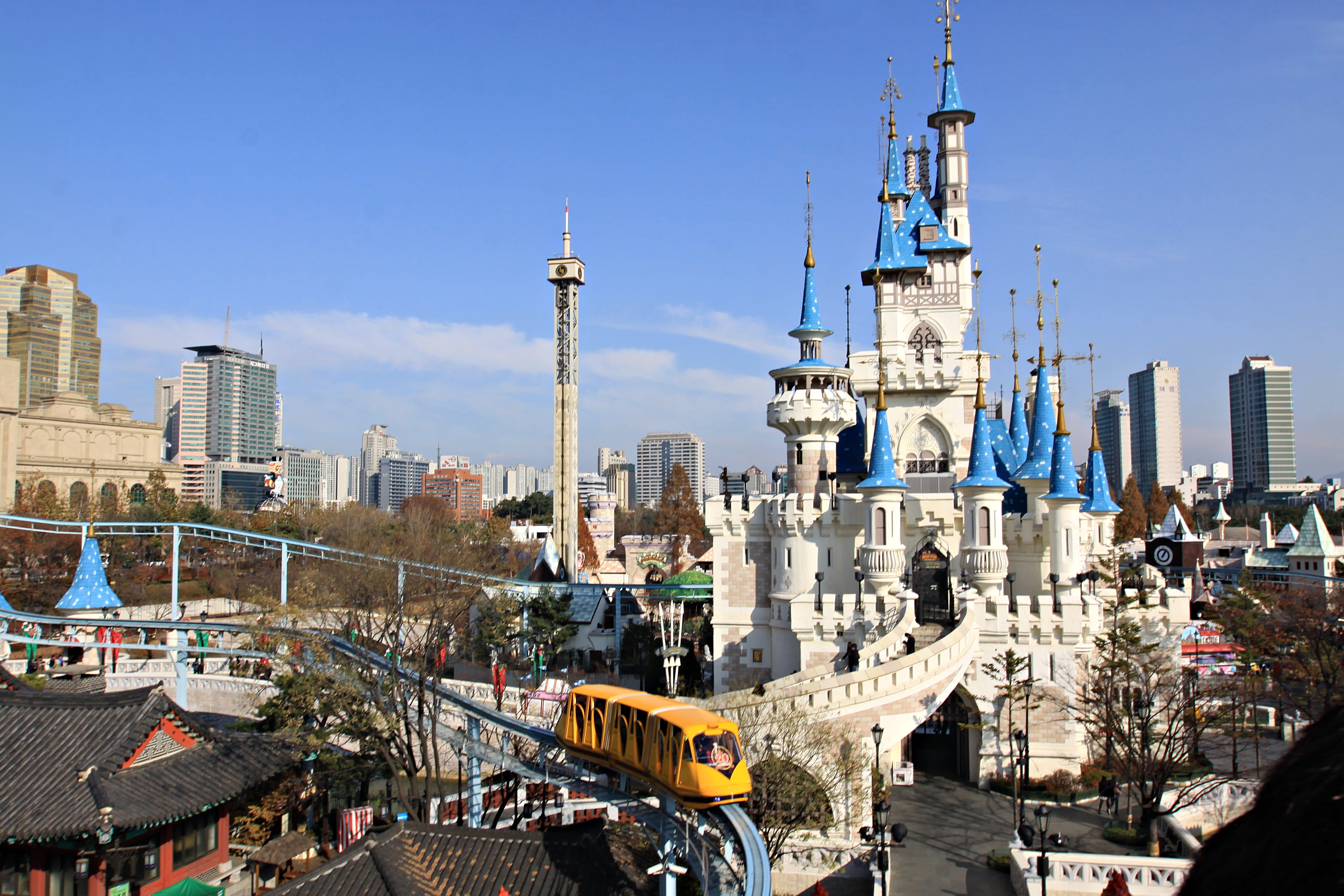 Lotte World สวนสนุก เกาหลีใต้