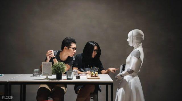งาน The Mem's Servants: กิจกรรมทานอาหารและชมการเต้นรำ โดย Project Plait และ Artistry