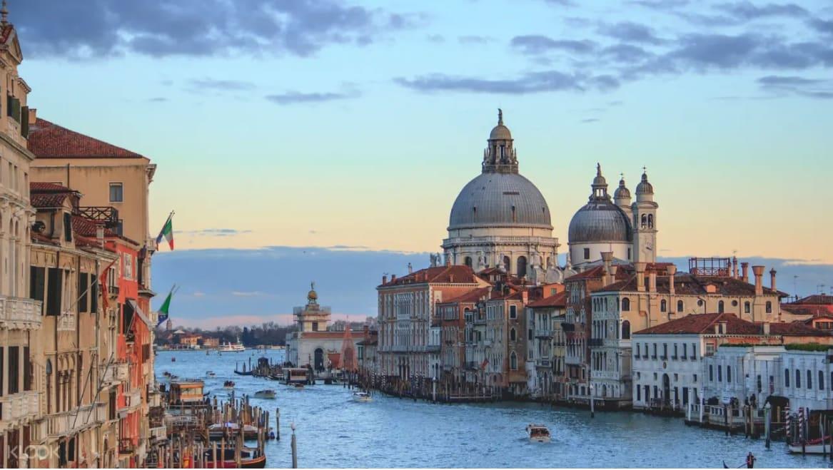 ทัวร์เรือกอนโดล่า เมืองเวนิส