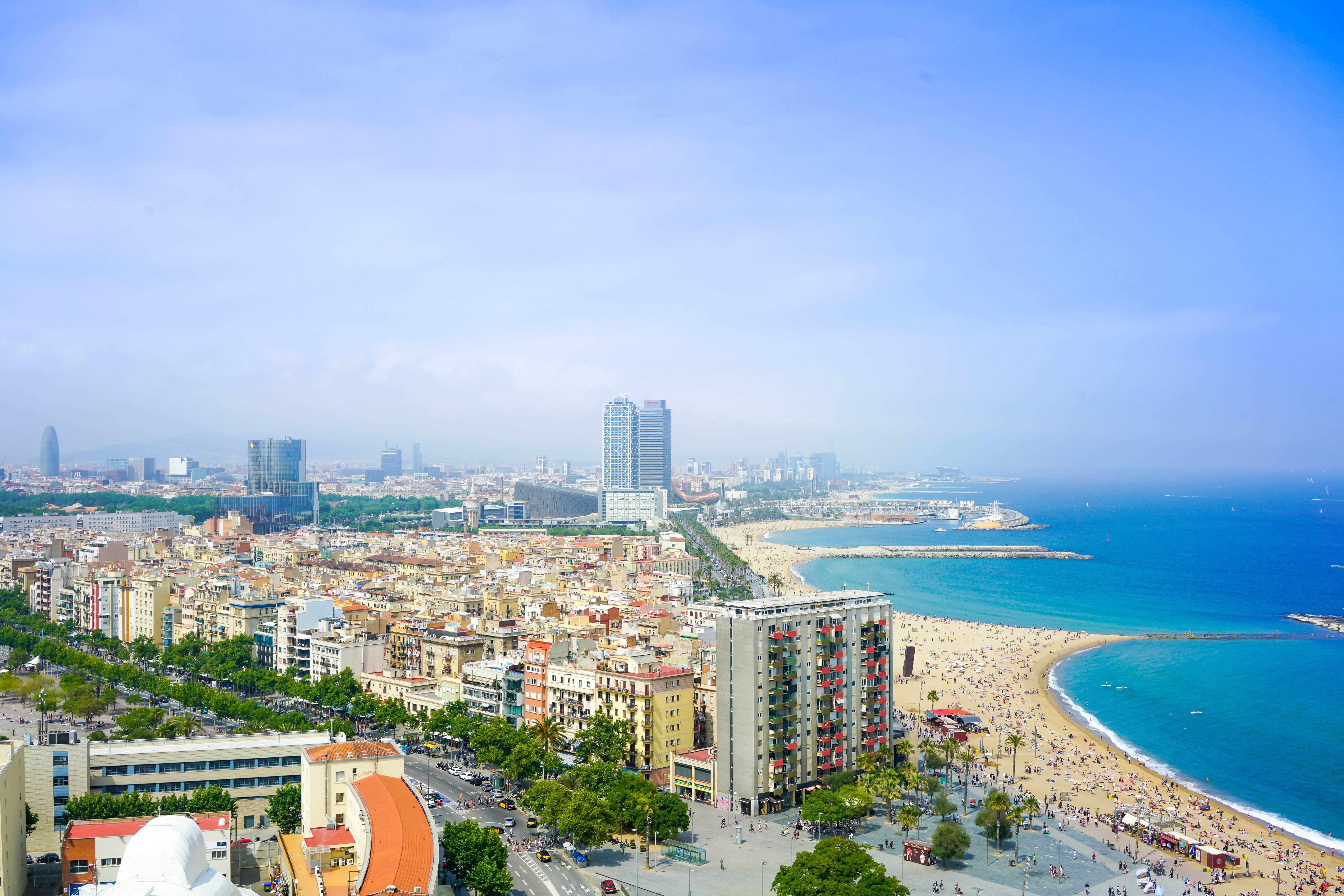 6.-Urban-beaches-Enes-on-Unsplash