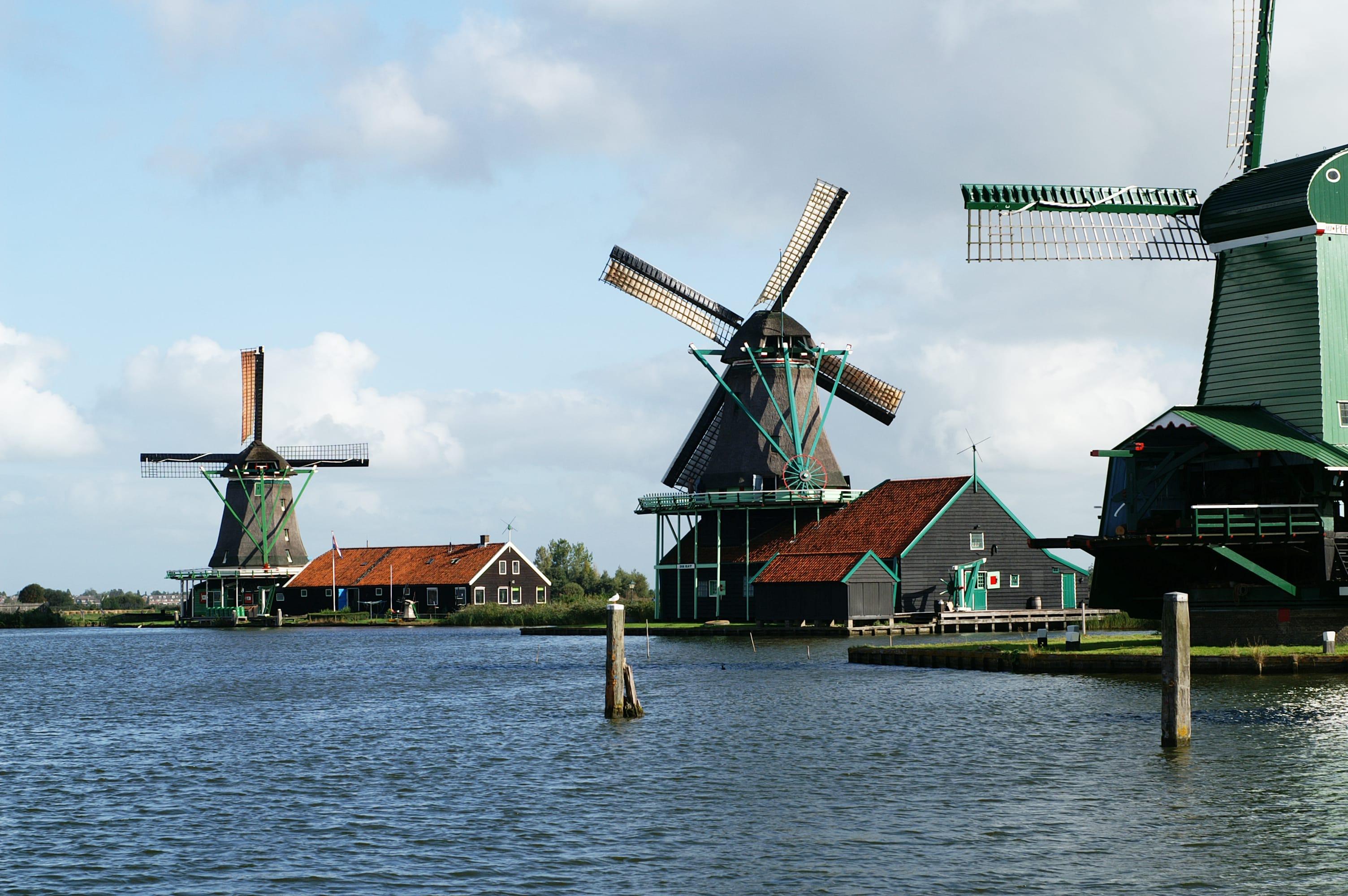 ทัวร์หมู่บ้านกังหันลมซานส์ สคันส์ (Zaanse Schans) ครึ่งวัน จากอัมสเตอร์ดัม