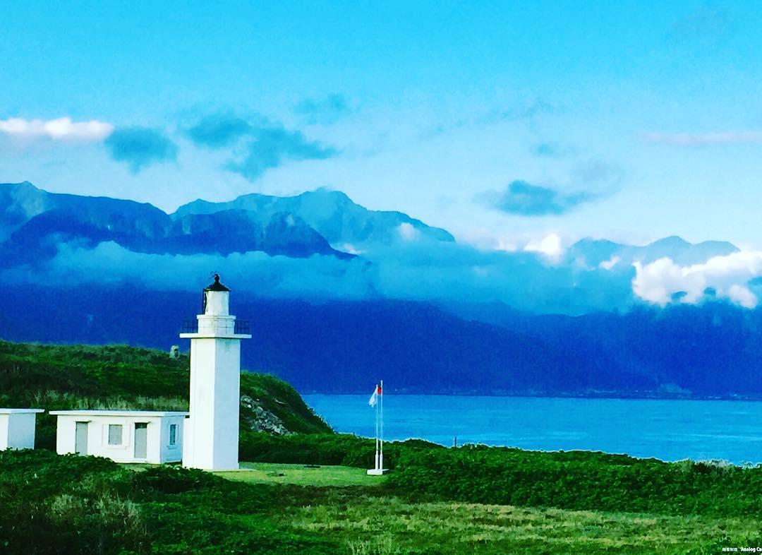 「奇萊鼻燈塔」是全台唯一的五角型鋼筋混凝土燈塔。(圖片來源/Instagram-kimberly_yi_wen)