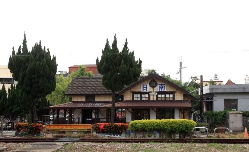 「日南車站」為海線標準形的木造站房。(圖片來源/台中觀光旅遊網)