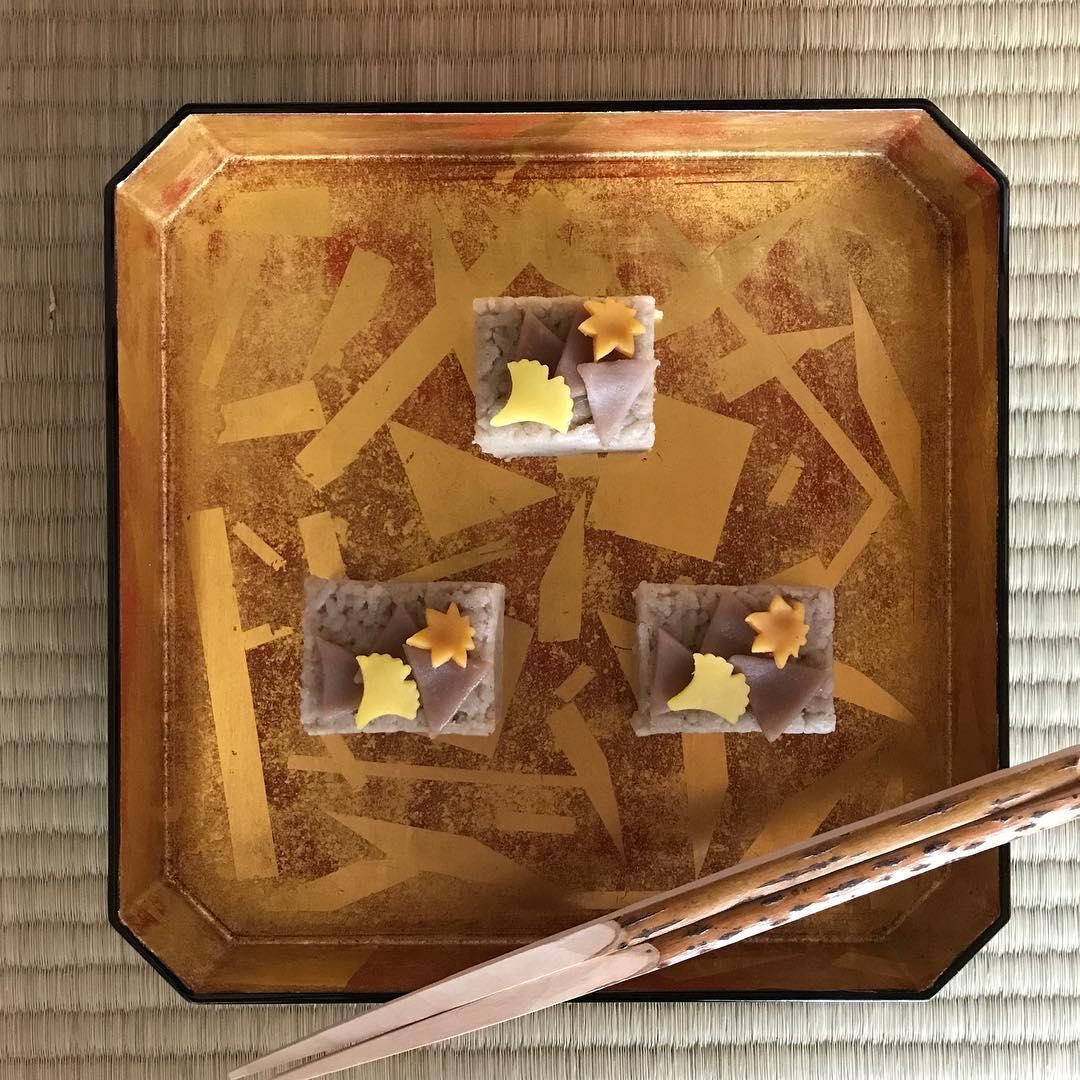 和菓子-「黃落」。(圖片來源/Instagram-sputnik_lab)