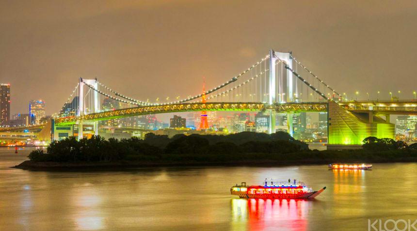 東京灣上夜遊晚餐