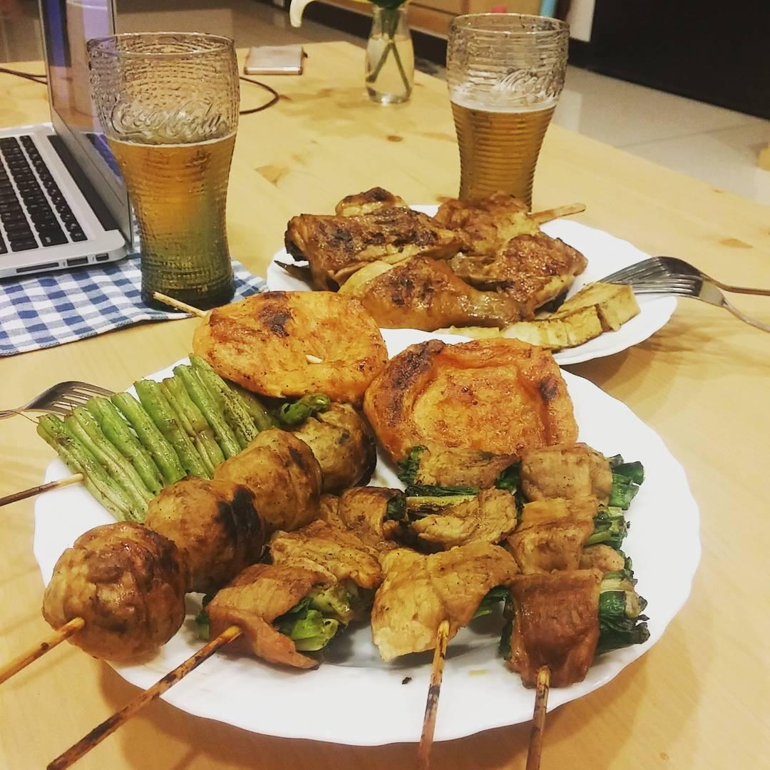燒烤搭配啤酒最對味了!(圖片來源/Instagram-yahuishiu)