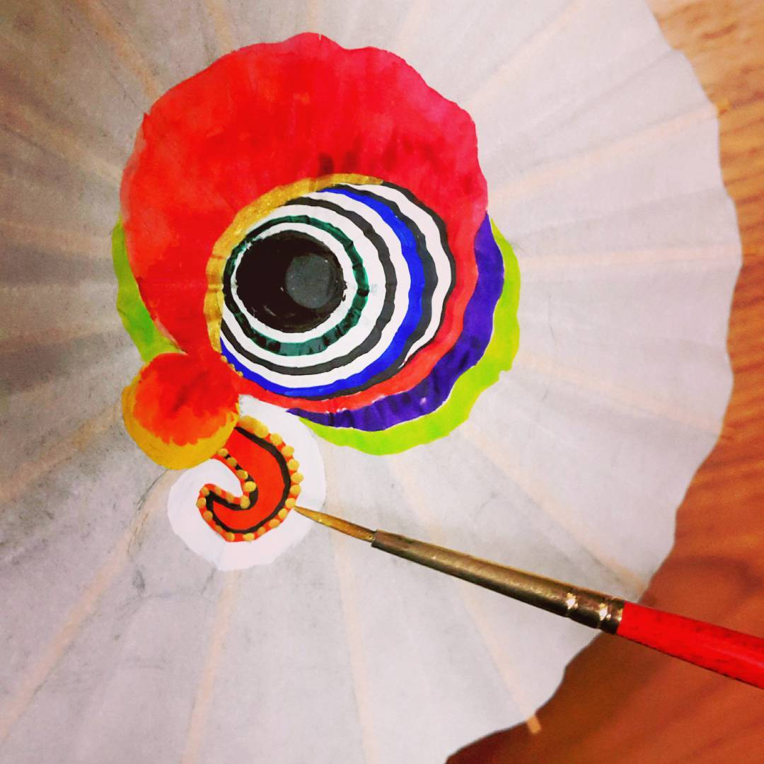 現場還能體驗彩繪小紙傘DIY。(圖片來源/Instagram-olivia5tw)